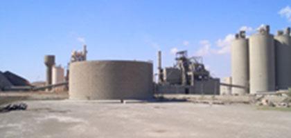 Reinigung von Rohöltanks, Schweröltanks und großer Flachbodentanks